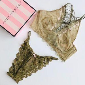 Victoria's Secret green lingerie set - SMALL